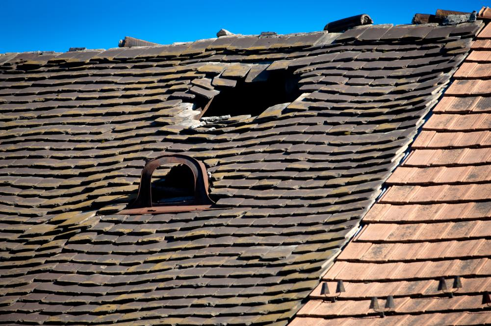 damaged roof tiles canberra
